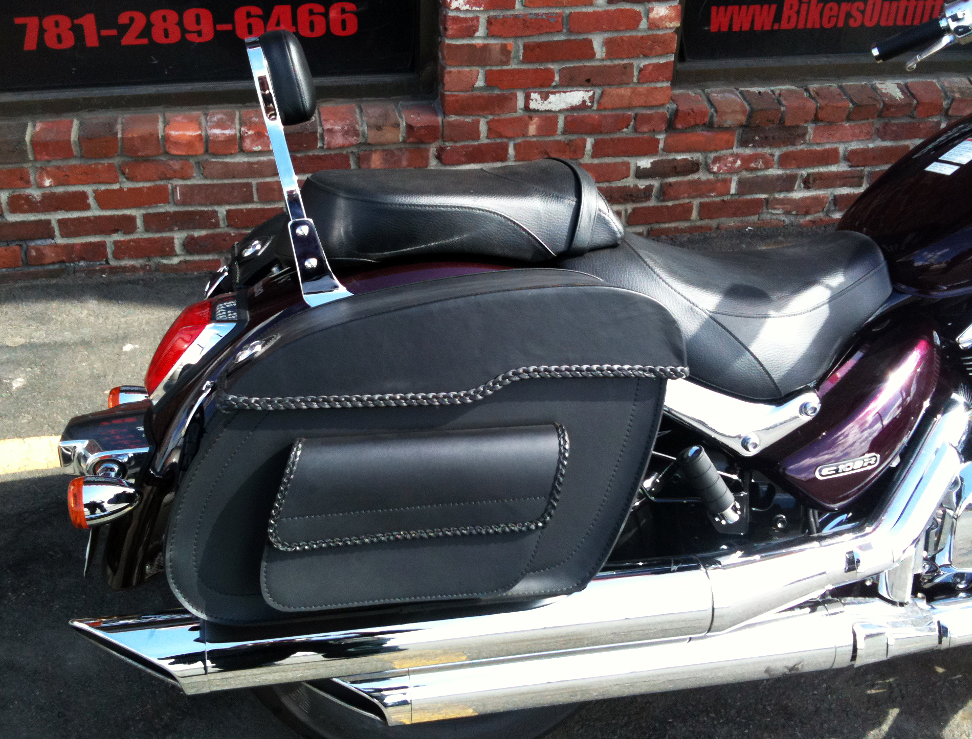 DETACHABLE SADDLEBAGS